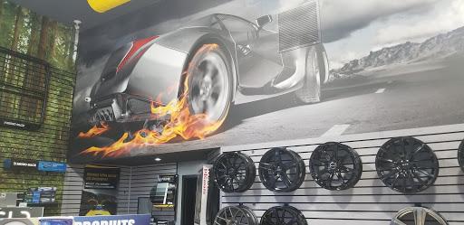 Magasin de pneus Docteur du Pare-Brise à Shawinigan (QC) | AutoDir