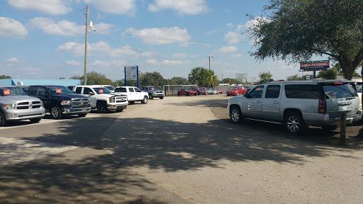 Used Car Dealer «CU Auto Branch», reviews and photos, 6809 E Hillsborough Ave, Tampa, FL 33610, USA