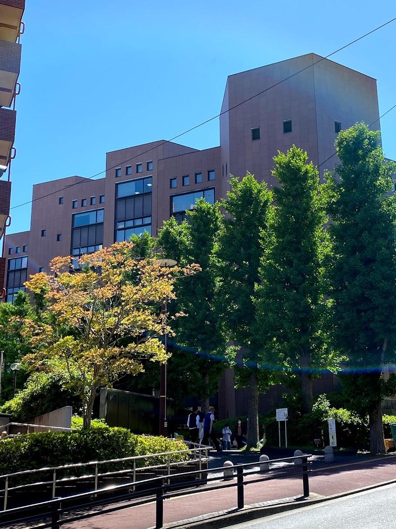 横浜 市 中央 図書館