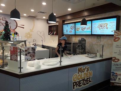 Mo's Golden Pretzel