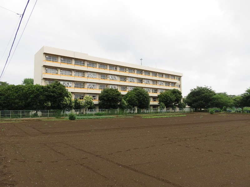 飯山 満 南 小学校