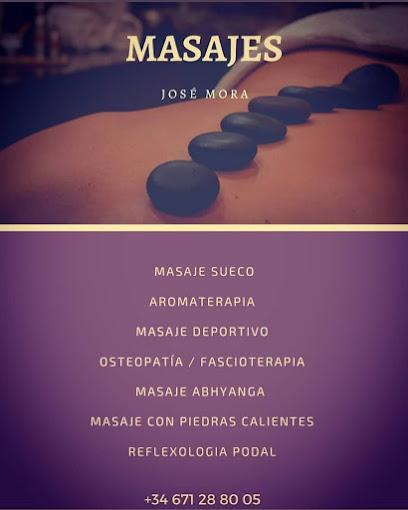 imagen de masajista José Mora Masajes y Fascioterapia
