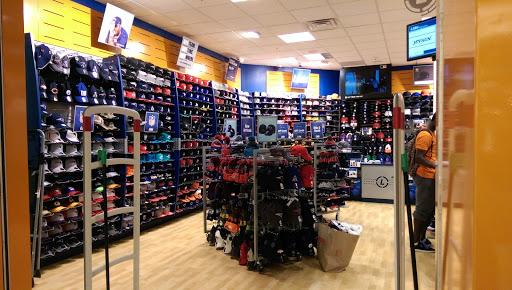 ee149b9fad3be Hat Shop «Lids Locker Room»