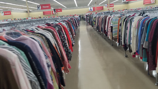 Savers, 2251 NW Barry Rd, Kansas City, MO 64154, Thrift Store