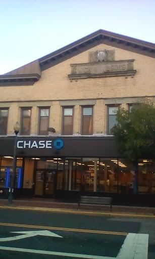 Chase Bank, 130 Smith St, Perth Amboy, NJ 08861, Bank