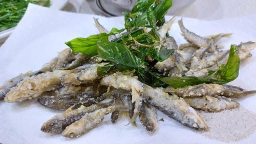 六龜東港海鮮店