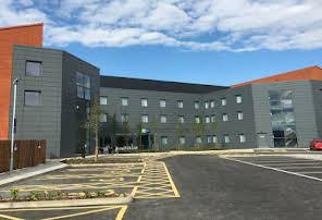 Handyman Hotels in Watford