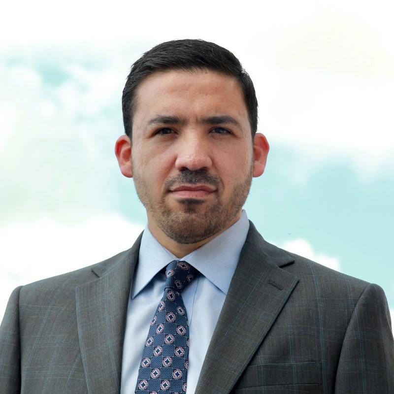 De La Garza Law Firm - Injury Lawyer