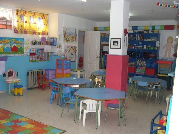 CENTRO BILINGÜE - Kindergarten  Language Academy