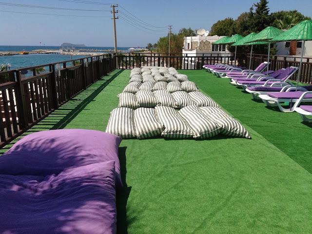 Ayvan Beach Hotel