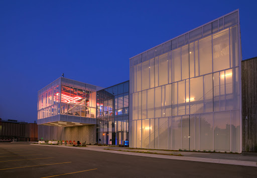 Quicken Loans Data Center, 1401 Rosa Parks Blvd, Detroit, MI 48216, USA, Corporate Office