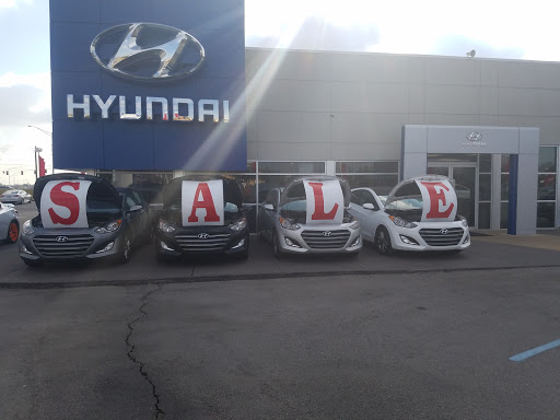 Hyundai Dealer «University Hyundai of Decatur», reviews and photos