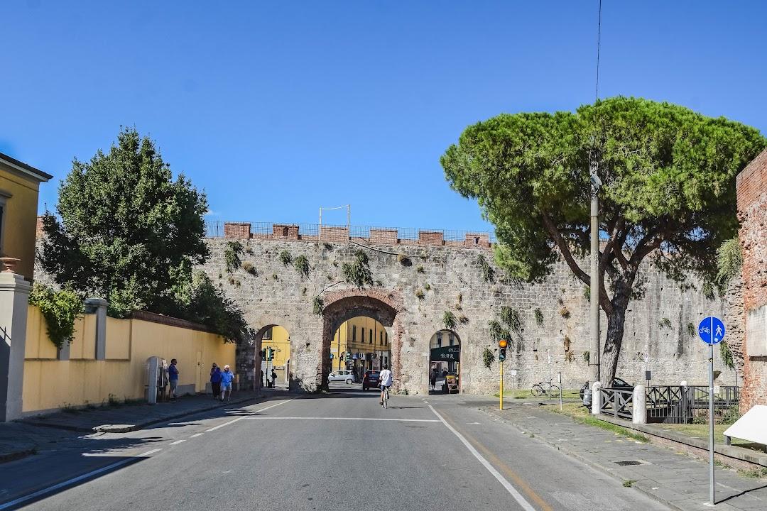 Porta a Lucca