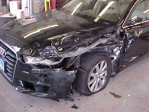 Auto Glass Shop «Woodland Auto Body», reviews and photos, 1208 Burnside Ave, East Hartford, CT 06108, USA