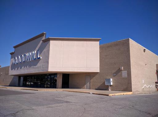 Goodwill Olathe, 16630 W 135th St, Olathe, KS 66062, Charity