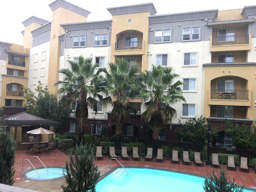 Apartment Building «Avalon Union City», reviews and photos