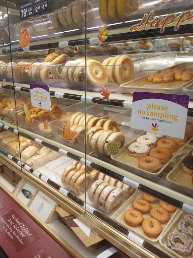 Grocery Store «Stop & Shop», reviews and photos, 90 Pleasant Valley St, Methuen, MA 01844, USA