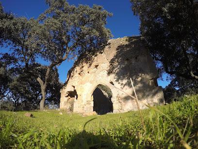 Ermita De Los Santiagos (Ruinas)