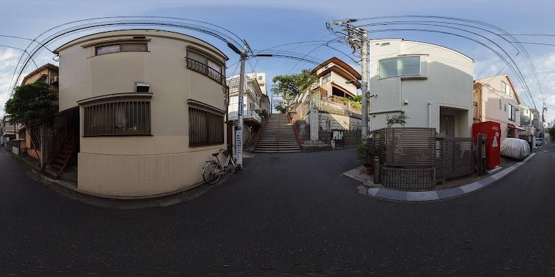 須賀神社男坂上