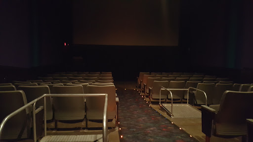 Movie Theater Regal Cinemas Concord 10 Reviews And Photos 282 Loudon Rd NH