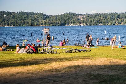 Matthews Beach Park Seattle
