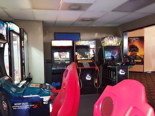 Movie Theater Rialto Cinema Bar Grill Reviews And Photos 2938