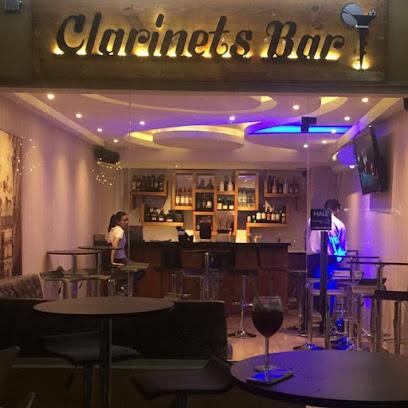 Clarinets Bar