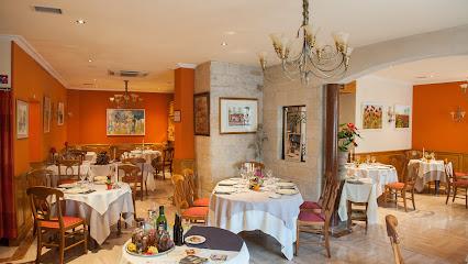 photo du restaurant Au Chapeau Rouge