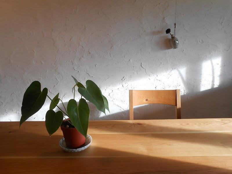 家具工房つなぎ&CAFEべこ舎