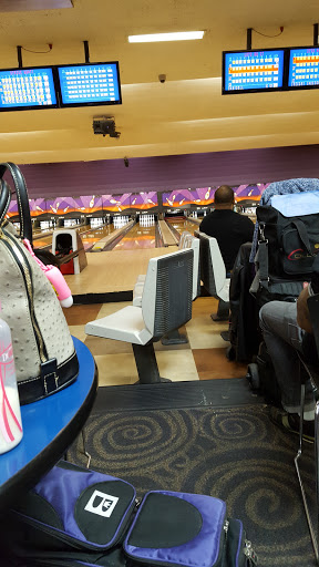 Bowling Alley «AMF Marlow Heights Lanes», reviews and photos, 4717 Saint Barnabas Rd, Temple Hills, MD 20748, USA