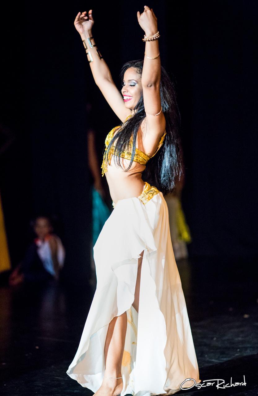 Rakhshanda Bellydance