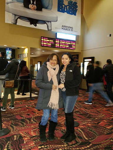 Movie Theater «United Artists Farmingdale 10», reviews and photos, 20 Michael Ave, Farmingdale, NY 11735, USA