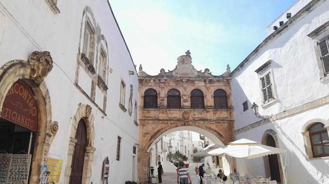 Palazzo Vescovile nella città Ostuni