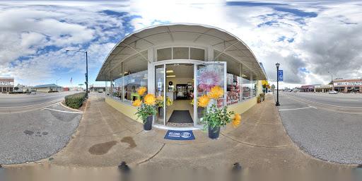Florist «McKenzie Street Florist & Specialty Rental, LLC», reviews and photos, 201 S McKenzie St, Foley, AL 36535, USA