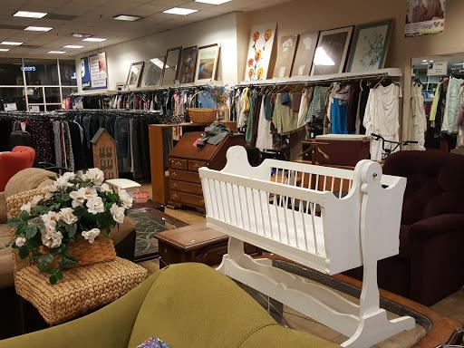Goodwill Retail Store & Donation Center - Thousand Oaks, 140 W Hillcrest Dr, Thousand Oaks, CA 91360, Thrift Store