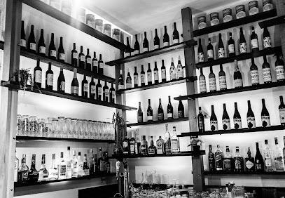 Monsieur Restaurant+Bar