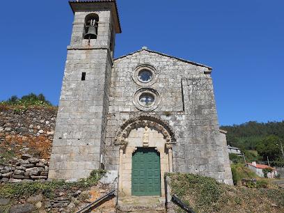 Igrexa de San Salvador de Camanzo