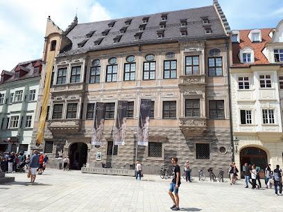 Maximilian Museum
