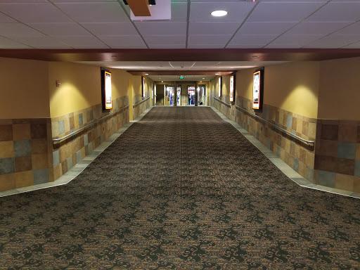 Movie Theater «Regal Galleria Mall Stadium 16», reviews and