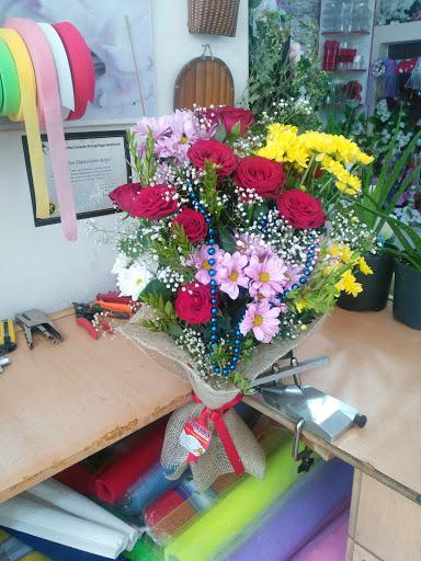 AÇELYA SİİRT Açelya Çiçek ve Çikolata pervari, eruh, tillo ve baykana çiçek