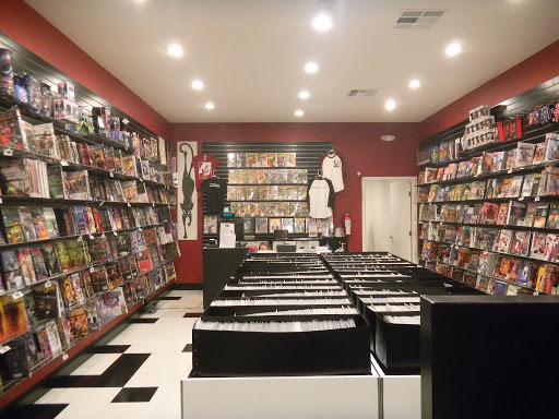 Comic Book Store Black Cat Comics Reviews And Photos 176 S Main