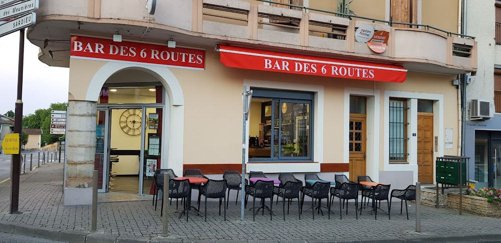 photo du resaurant Cafe Des Six Routes