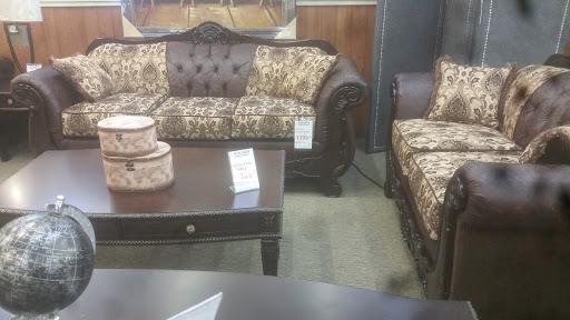 Furniture Store «PriceCo», reviews and photos, 921 Central Ave N, Kent, WA 98032, USA