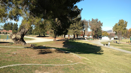 Los Paseos Park