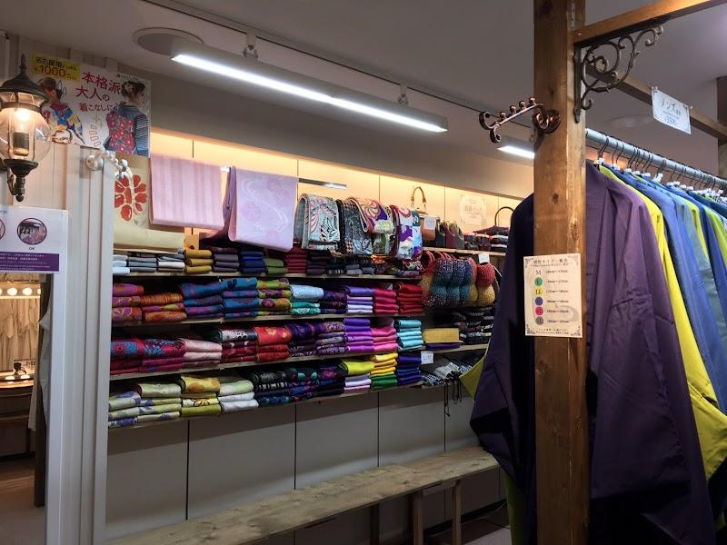 きものレンタルwargo金沢香林坊店