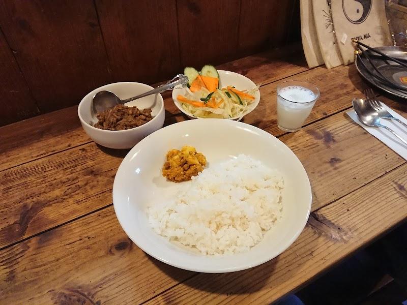 ネパール料理と雑貨マイティガル