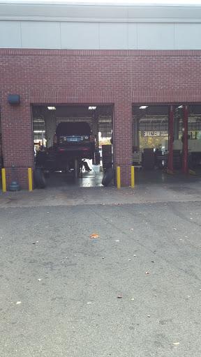 Tire Shop «Firestone Complete Auto Care», reviews and photos, 139 Putnam Blvd, Glastonbury, CT 06033, USA