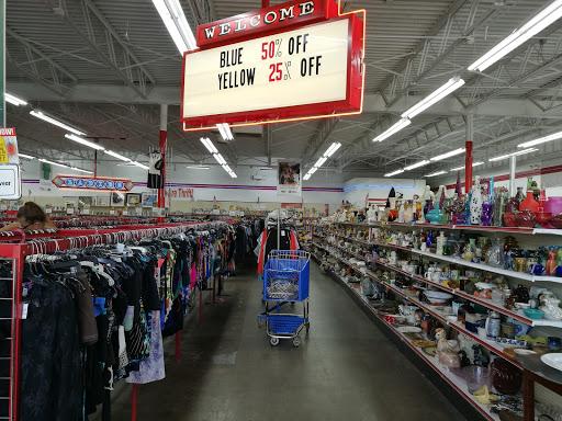 Red Racks Thrift Store, 8026 Wornall Rd, Kansas City, MO 64114, Thrift Store