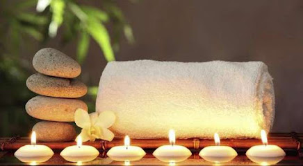 imagen de masajista Centro Qi de Masaje Natural