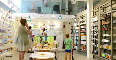Zel Farmacia - Opiniones e Información